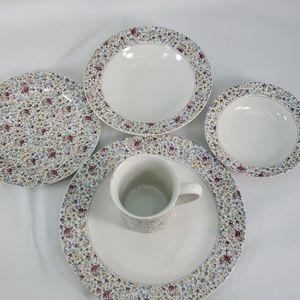 RALPH LAUREN 5 PIECE CHINA SET 4 PLACE SETTINGS
